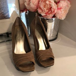 Jessica Simpson brown suede heels